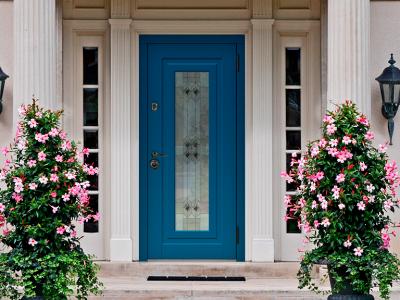 Выбираем стиль входной двери